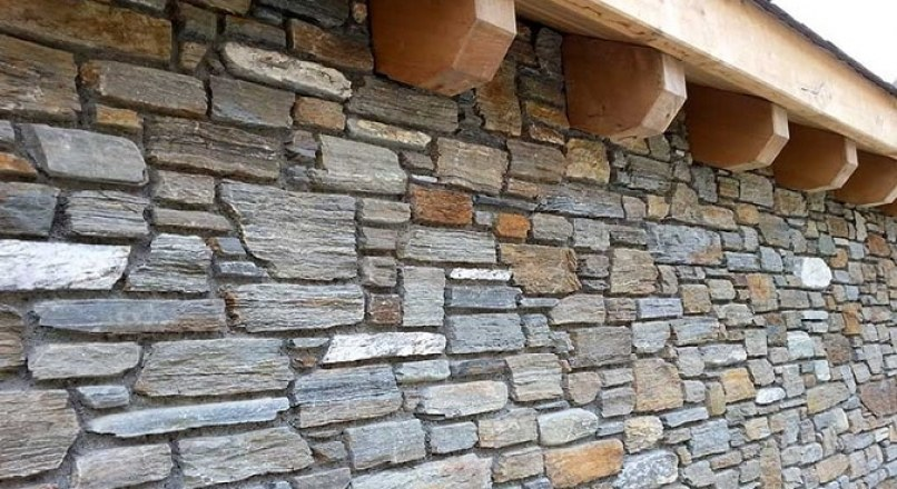 Tests on Building Stones – Strength and Properties of Stones