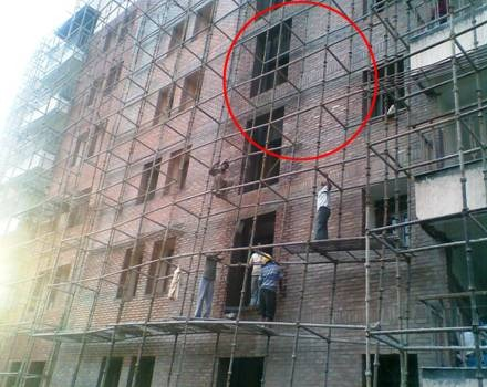 Workers Not following Safety Practices - No Safety Helmets and protection