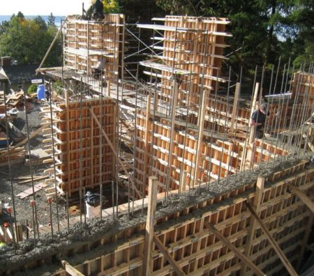 Different Materials Used for Formwork - Advantages and