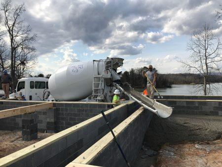 Готовая бетонная смесь, установленная на грузовике RMC