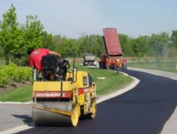 DESIRABLE PROPERTIES OF ASPHALT MIXES FOR PAVEMENTS