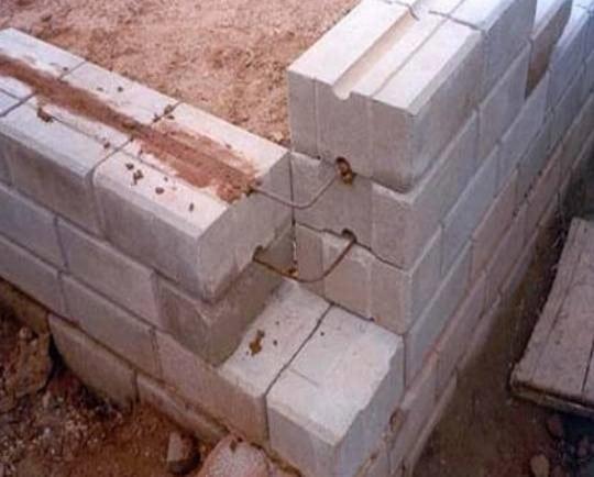 Interlocking Wall System : Dry stacked interlocking masonry system mortarless