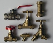 Valves in Pipe Fittings