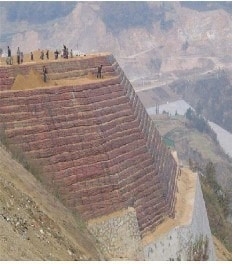 Geogrid Retaining Wall