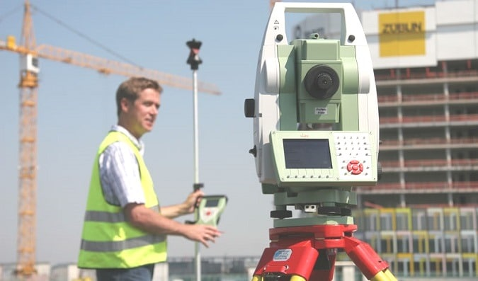 total-station-uses