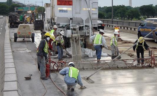 Factors Affecting Bond Strength of Overlay Concrete on Bridge Decks