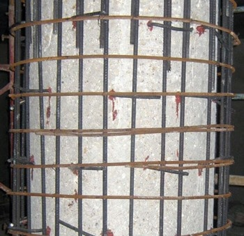 Placing and Bonding of Reinforcement Bars around Concrete Column