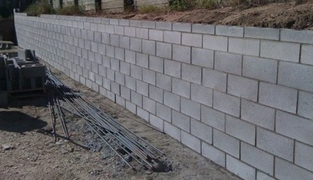 Construction Of Concrete Block Retaining Walls With Steps