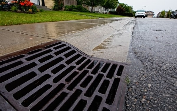 Highway surface drainage system and its design for Surface drainage system