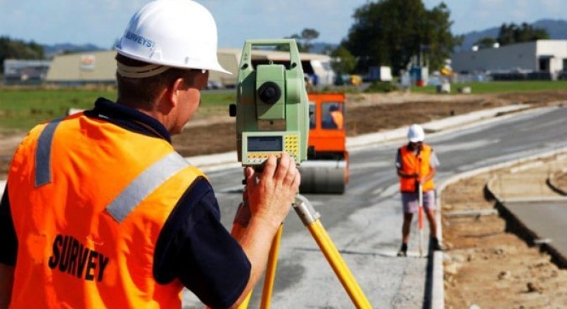 Roles and Work of Surveyor in Construction