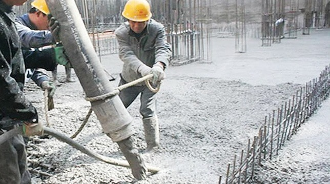Antifreeze admixtures for concrete during cold weather for Concrete freezing