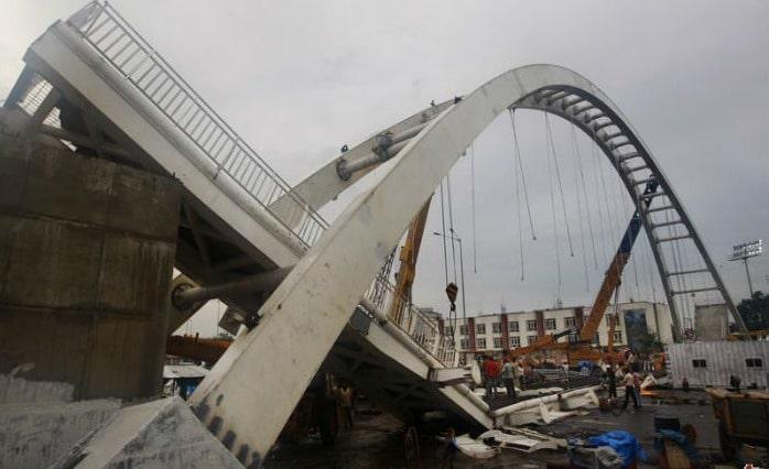 Cause of Failure of Bridge Structures