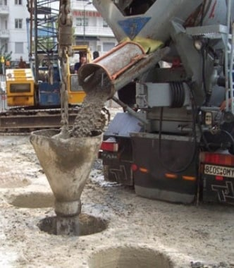 Concreting pile foundation