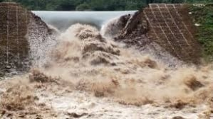 Failure of Dam due to Overtopping