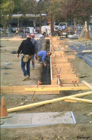 fixing grade beam reinforcement after installation of side shutter