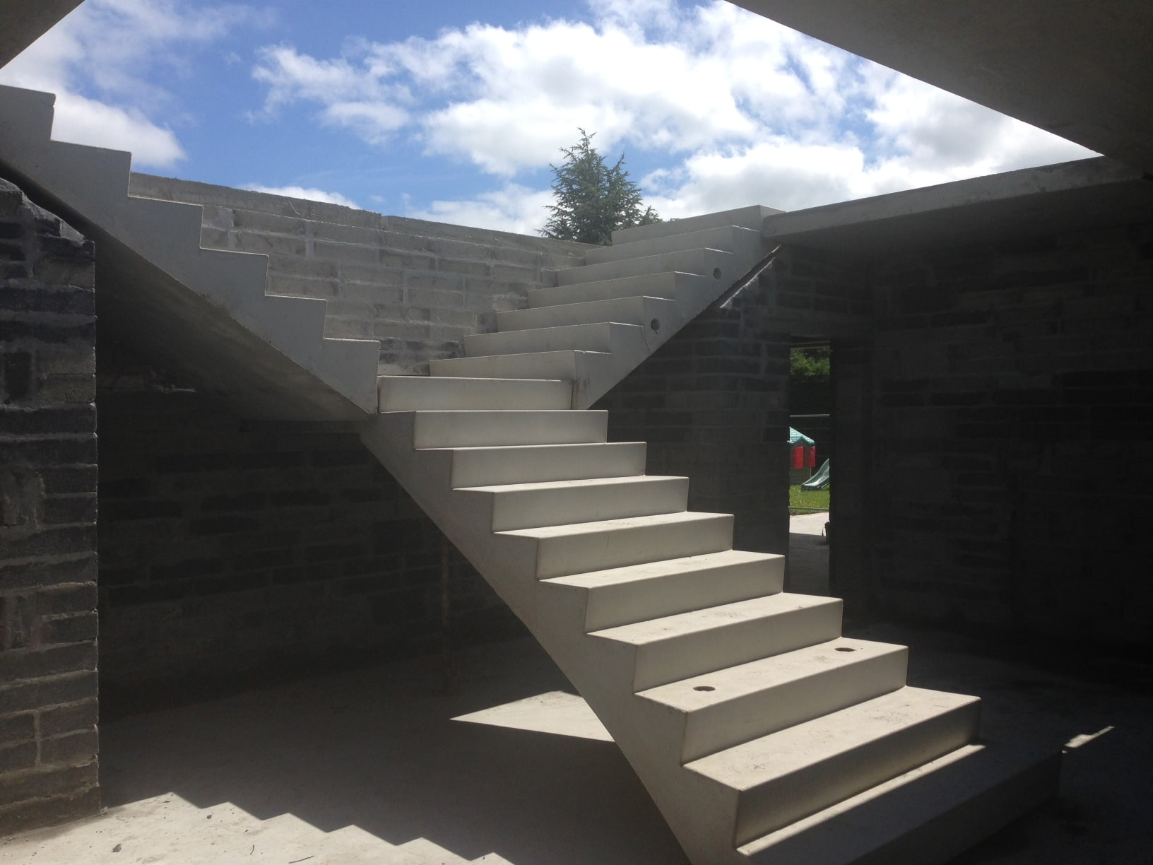 How to Construct Concrete Stairs?