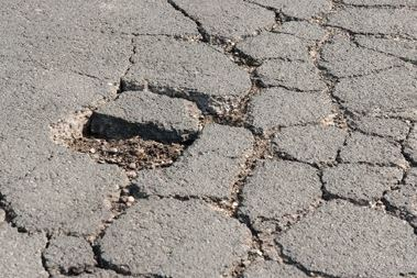 Pavements Cracks due to Frost Heave