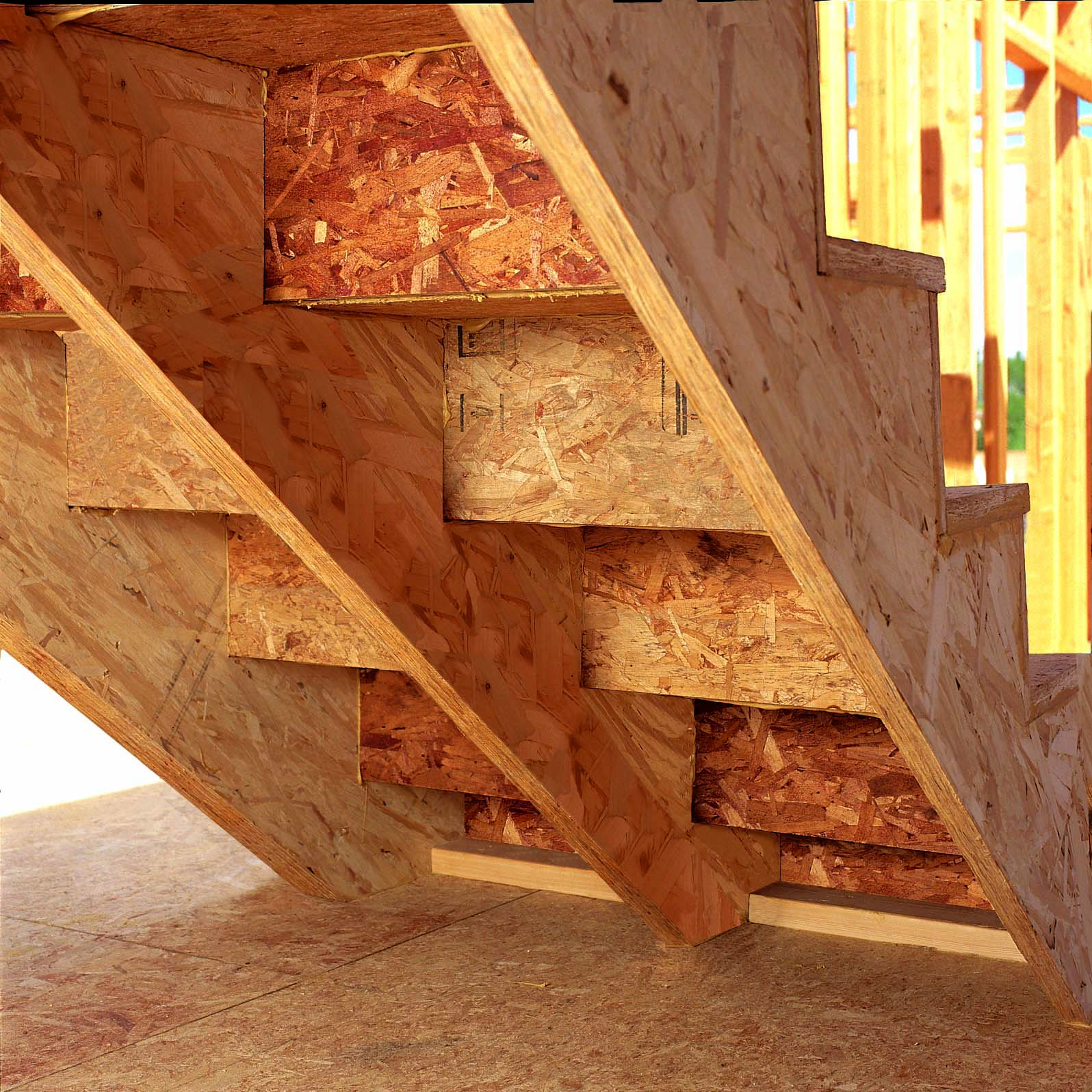 Staircase Stringer - Types, Cutting Procedure and Code Requirement