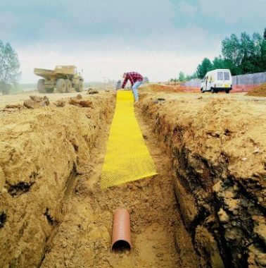 Filling in Trenches of Pipes, Drains, Cables