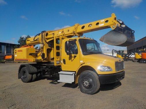 Truck-mounted Excavator